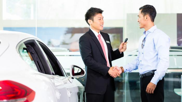 Cara Membeli Mobil Impian Anda Dan Menghindari Trik Kotor Dealer Mobil