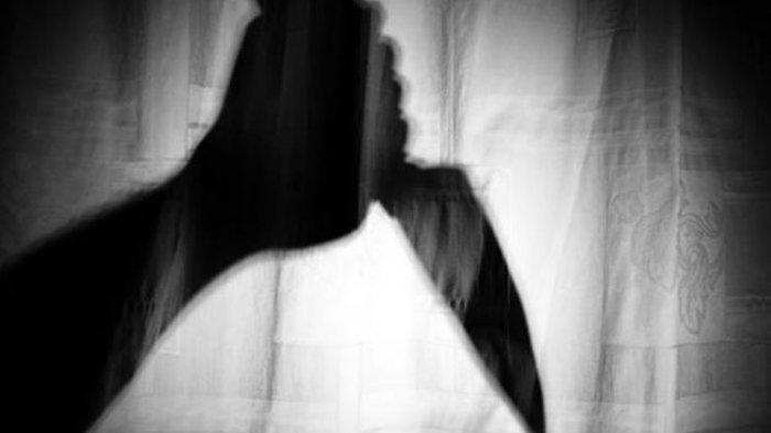 Ilustrasi penikaman. Detik-detik Pedagang Keripik Tewas Ditikam Saat Melerai Perkelahian di TTS