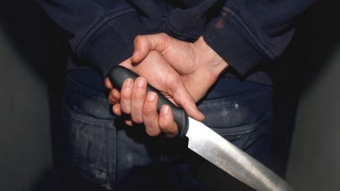 Ada Mayat Tegeletak di Jalan Bersimbah Darah, Ternyata Ditusuk Temannya Sendiri saat Duel