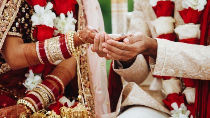 ILUSTRASI pernikahan orang India
