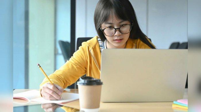 Kemendikbud Salurkan Sekaligus Bantuan Kuota Internet November dan Desember