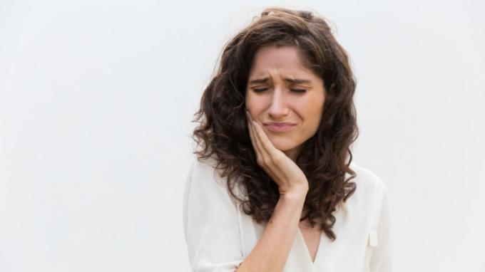 Cara Menghilangkan Sakit Gigi dalam 5 Menit, Bisa dengan Kompres Air Dingin hingga Kumur Air Garam