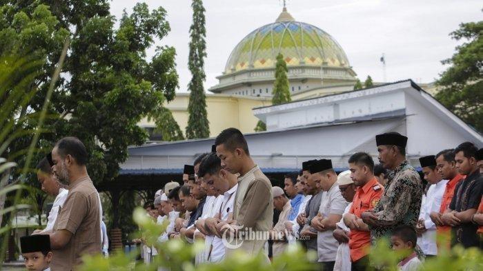 Tata Cara Shalat Idul Adha di Rumah, Dilengkapi Bacaan Niat dan Naskah Khutbah