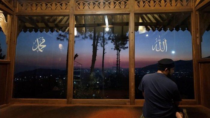 Panduan Tata Cara Shalat Idul Fitri di Rumah, Lengkap dengan Bacaan Niat dan Tuntunan Khutbah