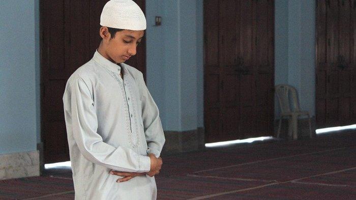 Bacaan di Sela-sela Takbir Shalat Idul Fitri, Disertai Niat Shalat Ied di Rumah dan Tata Caranya