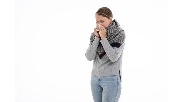 8 Cara Mengatasi Flu dengan Cepat, Mulai Perbanyak Istirahat hingga Minum Obat Flu