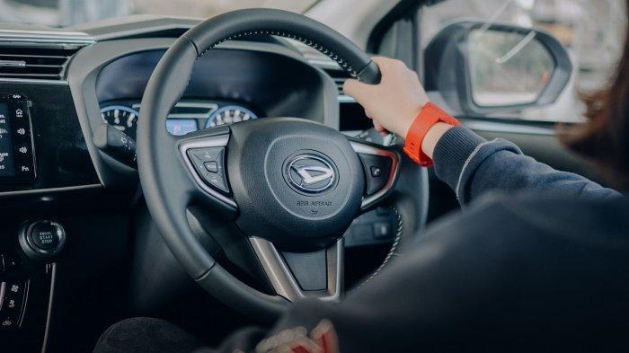 Daihatsu Promo Oli Gratis Selama 1 tahun dan Free Biaya Admin di IOOF 2020