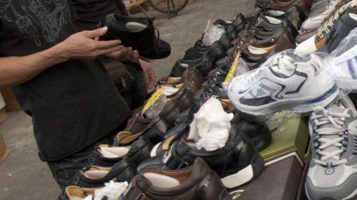 Hanya Dipanggil Cantik, Pegawai Toko Sepatu Ini Langsung Patahkan Kelingking Pelanggan