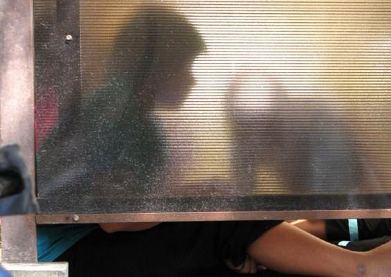 Menumpahkan Minuman, Remaja 15 Tahun Disiksa Tiga Temannya, Alat Vitalnya Dibakar Pakai Korek