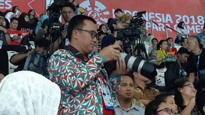 Tonton Para-Swimming, Imam Nahrawi Jadi Fotografer Dadakan