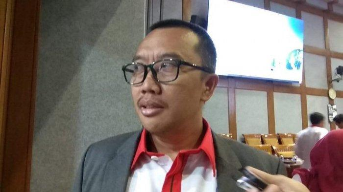 Imam Nahrawi saat ditemui seusai mengikuti rapat anggaran dengan Komisi X di Gedung DPR RI, Senayan, Jakarta, Senin (2/9/2019). Tribunnews/Abdul Majid