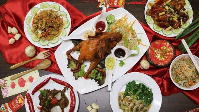 Makan di Malam Imlek di Hotel Santika BSD City - Teraskota, Raih Keberuntungan di Tahun Tikus Logam