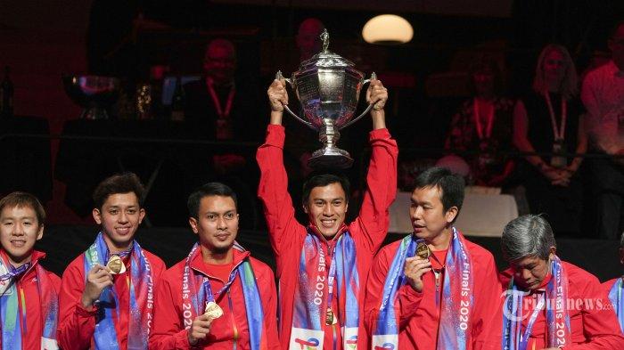 Berita Foto : Akhiri Penantian Panjang, Indonesia Rebut Piala Thomas