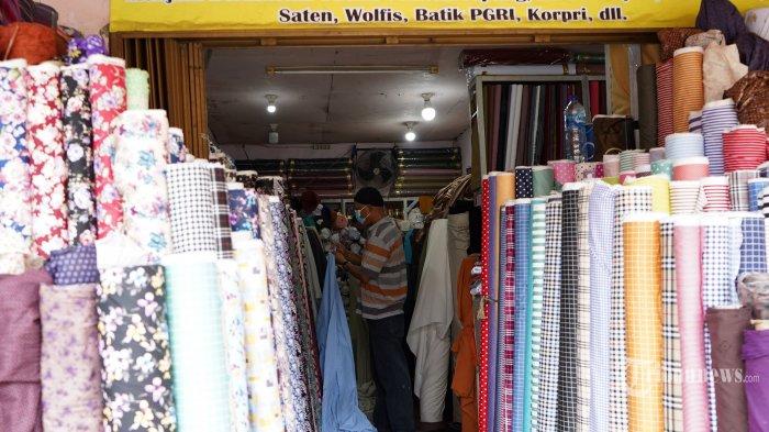 IKM Tekstil Tergerus Impor Produk Pakaian Jadi