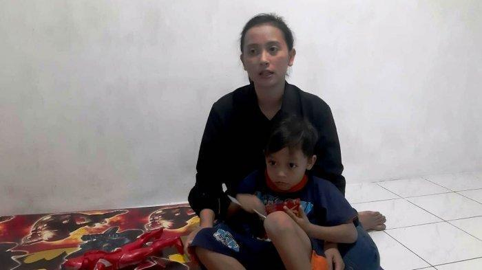 Istri ABK yang Kerja di Kapal China Kirim Surat ke Jokowi: Makanan Bangkai Ayam yang Digoreng