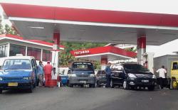 Pembatasan BBM Subsidi bagi Mobil Tunggu Sidang Kabinet