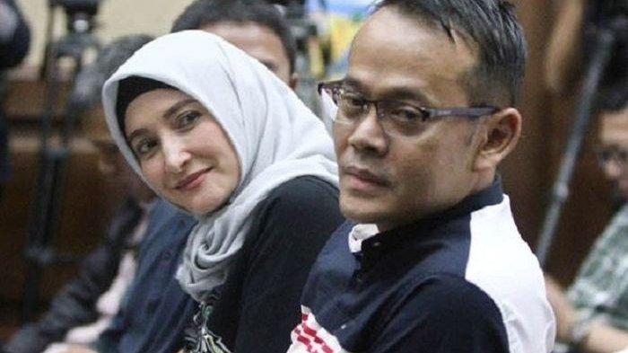 Suapan Cinta, Suami Inneke Koesherawati, Fahmi Darmawansyah di Pengadilan Tipikor Bandung