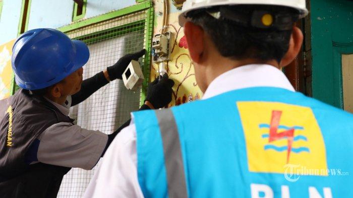 1.805 Petugas PLN Siaga Jaga Pasokan Listrik di Maluku dan Maluku Utara hingga H+7 Idul Fitri