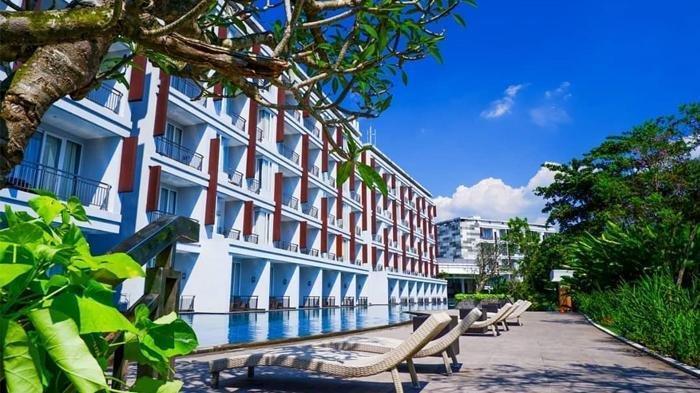 R Hotel Rancamaya Bogor.