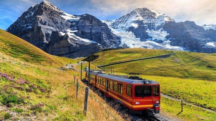 8 Fakta Unik Swiss, Negara yang Punya Jadwal dan Rute Kereta yang Sempurna