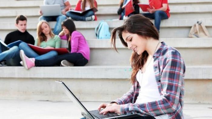 Tanggapi Indonesia Produksi Laptop Merah Putih, Founder IndoTelko Forum: Roda Ekonomi akan Bergerak
