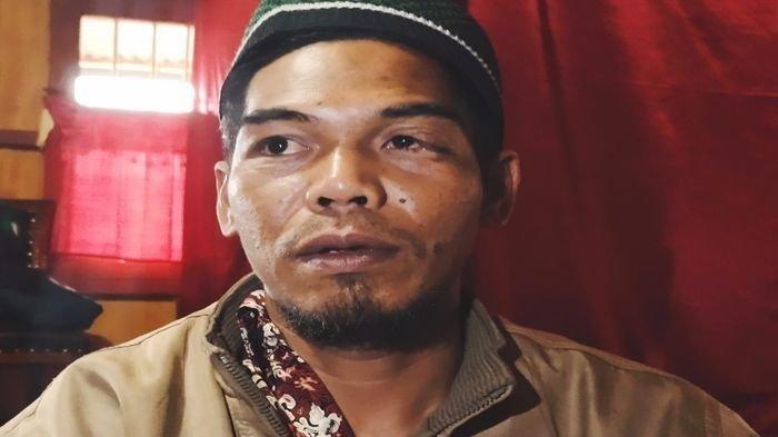 Irianto (32) saksi mata utama yang melihat langsung kejadian menimpa Mustadi diterkam harimau di hutan Ataran Pedamaran KPH Semendo, Muara Enim.