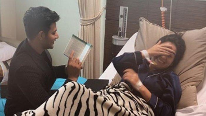 Jelang Menikah, Irish Bella Posting Foto Terbaring Lemah di Rumah Sakit, Ungkap Kesetiaan Ammar Zoni