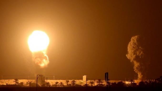 Israel Membom Jalur Gaza