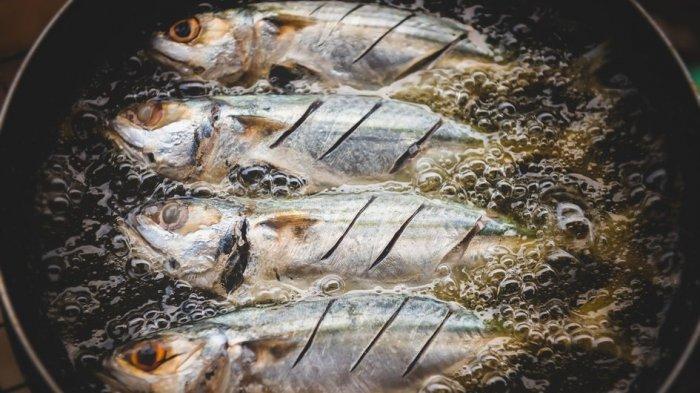 Anti Lengket di Wajan, Ini 5 Tips Goreng Ikan yang Mudah dan Cepat
