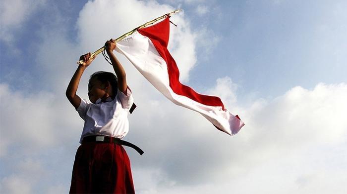 Sambut HUT RI #DiRumahAja, Yuk Intip 6 Tradisi Unik 17 Agustus-an di Berbagai Daerah!
