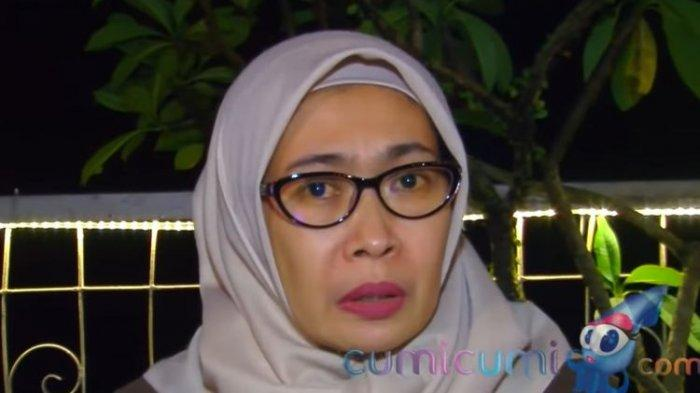 Istri pertama Nurdin 92348