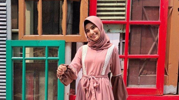 Unggah Foto Selfie, Nadya Mustika Istri Rizki D'Academy Jadi Sorotan Warganet karena Tampak Beda