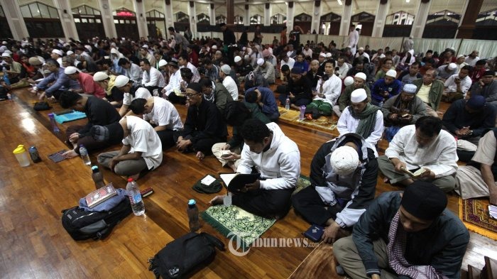 Apakah Keutamaan Malam Lailatul Qadar Hanya untuk Orang yang Beri'tikaf? Berikut Penjelasannya