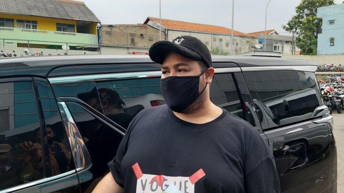 Ruben Onsu Hingga Ayu Ting Ting Beri Dukungan untuk Ivan Gunawan yang Sedang Berduka