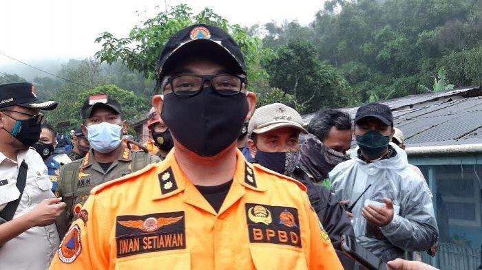 Iwan Setiawan di lokasi longsor