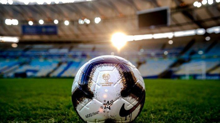 JADWAL SIARAN LANGSUNG Bola Malam Ini: Persib vs Persebaya, MU, Inter, Juventus hingga Live Indosiar