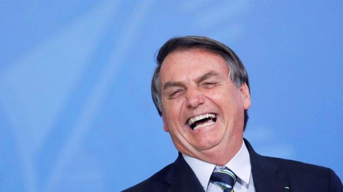 Presiden Brasil Jair Bolsonaro Minta Hentikan Jarak Sosial: Covid-19 akan Berlanjut Seumur Hidup