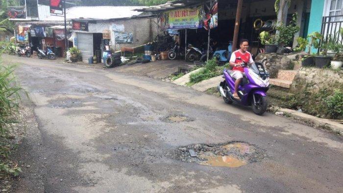 Jalan Raya Curug Nangka Tamansari Bogor Kembali Rusak, Ini Langkah yang Diambil Masyarakat