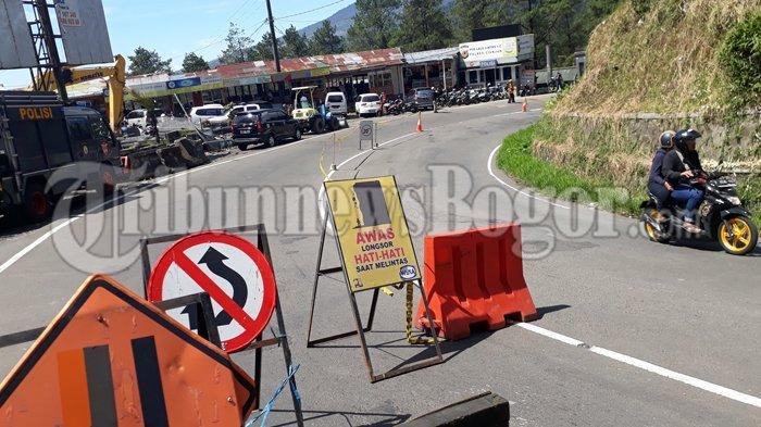 Jalan dari Gunung Mas hingga Ciloto Ditutup akibat Longsor, Hanya Bisa Dilalui Kendaraan Roda Dua