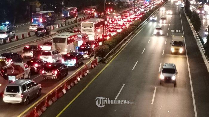 H-1 & Hari H Idul Adha, Jasa Marga Catat Sekitar 345 Ribu Kendaraan Tinggalkan Jakarta
