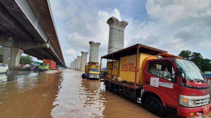 YLKI: Ironi, Operator Tol Seharusnya Gratiskan Ruas yang Banjir