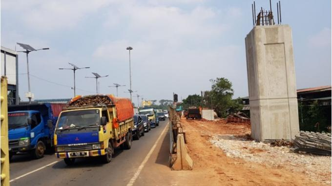 Angkutan Barang di Tol Jakarta-Cikampek Dibatasi Mulai 16 Oktober