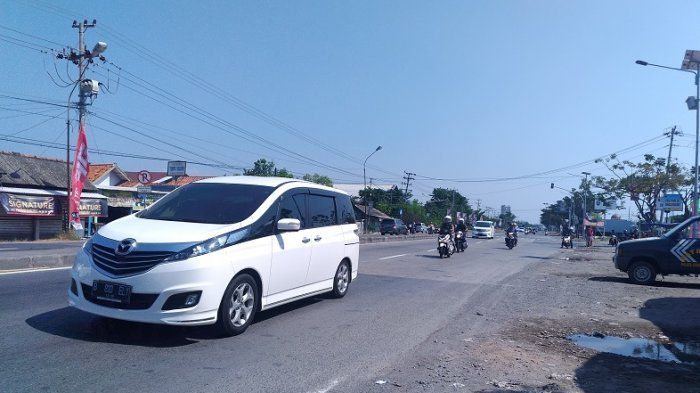 Mudik ke Jateng, Hati-hati Jalan Bergelombang di Sepanjang Jalur Pantura Pekalongan-Semarang