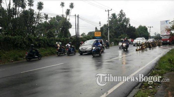 Hati-hati Melintas Puncak Bogor Saat Hujan, Banyak Pengendara Motor Terjatuh