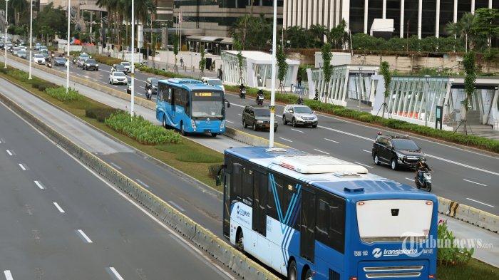 PSBB Berlaku di Jakarta, Penumpang Transportasi Umum Turun Drastis