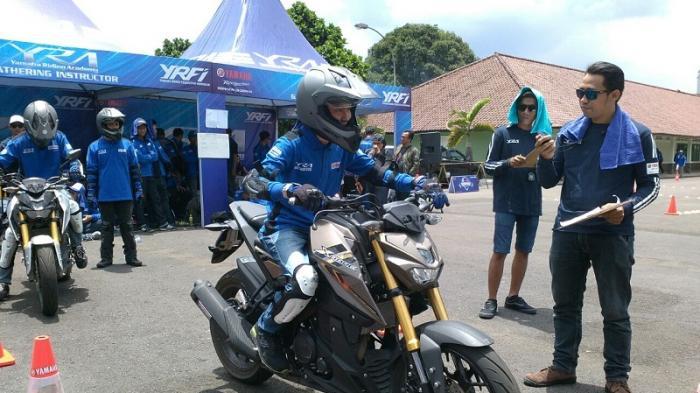 Kompetisi Defensive Riding Meriahkan Jamnas 2 Yamaha Riding Academy di Bandung