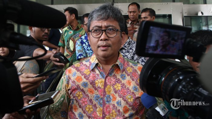 Wakil Jaksa Agung Sempat Bantu Istrinya Memasak di Dapur Sebelum Meninggal Kecelakaan di Tol