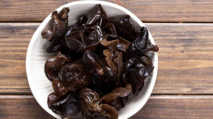 Dapat Menurunkan Kolesterol Jahat, Ini 5 Manfaat Jamur Hitam yang Jarang Diketahui