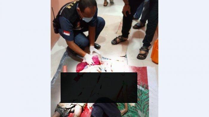 Dua bocah kakak beradik, Ikhsan Fatahilah (10) dan Rafa Anggara (5) ditemukan tewas di dalam sebuah parit sudut bangunan gedung sekolah Global Prima, Jalan Brigjen Katamso, Medan.  (Minggu 21/6/2020).