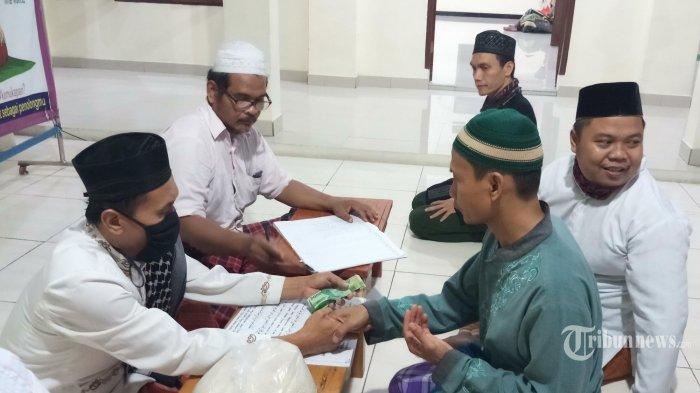 Besaran Zakat Fitrah 2021 dengan Uang dan Beras, Disertai Bacaan Niat Zakat Fitrah untuk Keluarga